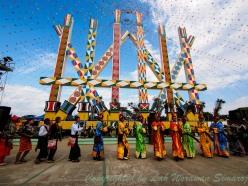 Manau Poles, the center of Manau Dance.