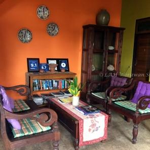 บรรยากาศภายในที่พักแห่งหนึ่งบนเกาะ Ternate ที่บูรณะจากบ้านเก่าสมัยอาณานิคม